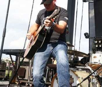 Cody-Johnson-8